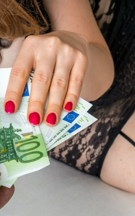 How to prepare for your first date with an escort Amsterdam escort
